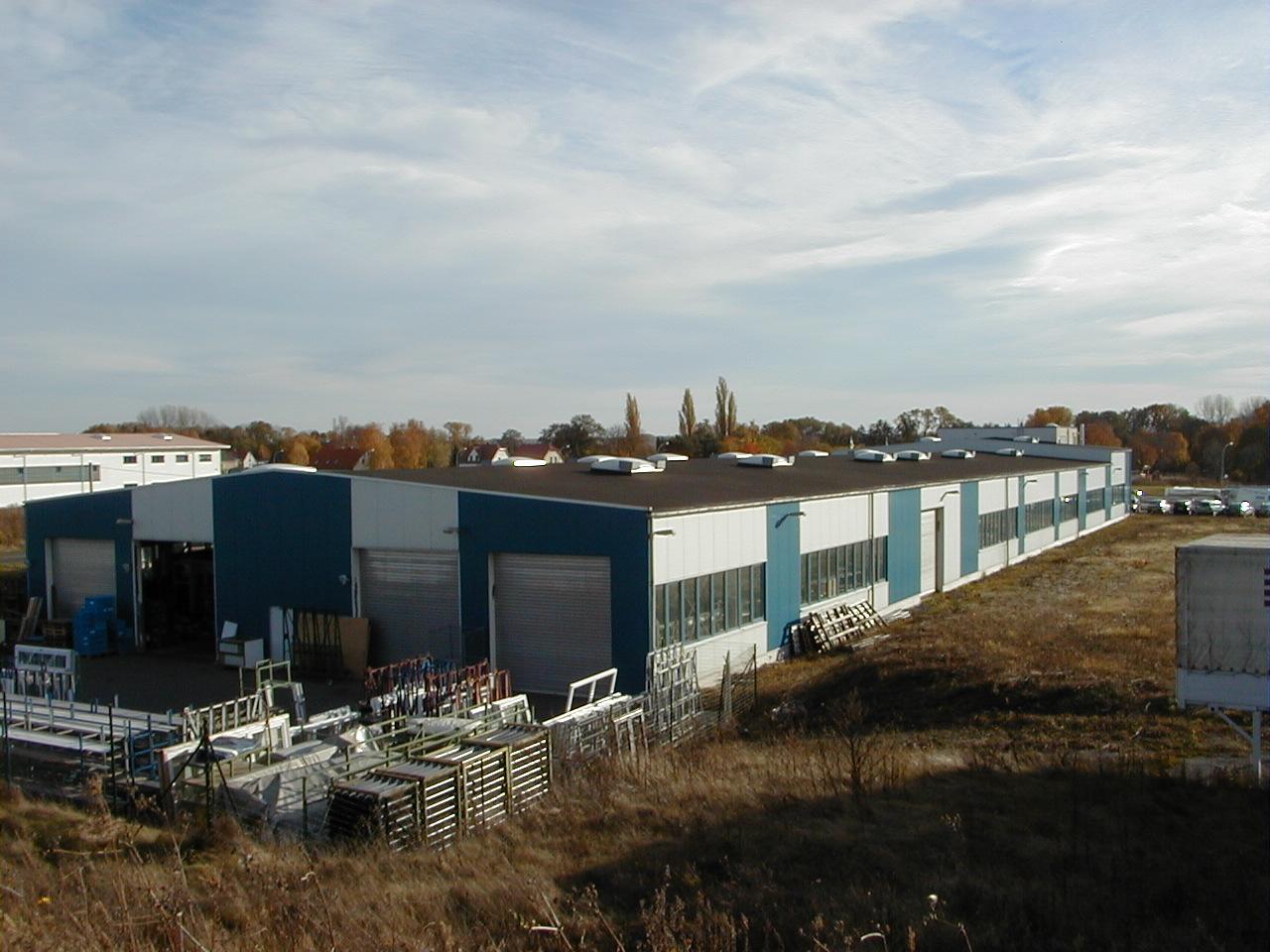 Read more about the article Planung und Bauoberleitung Betriebserweitertung Fa. Höning GmbH für Fenster und Türen, Jesewitz